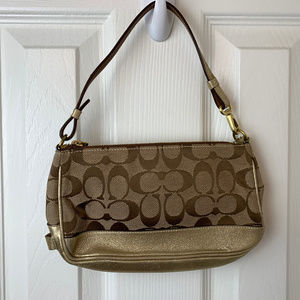 NWOT Coach Clutch Signature C /Gold Trim.
